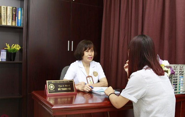Bác sĩ Hà luôn khuyên bệnh nhân của mình khám sức khỏe sinh sản ít nhất 6 tháng 1 lần để phát hiện sớm nguy cơ bệnh