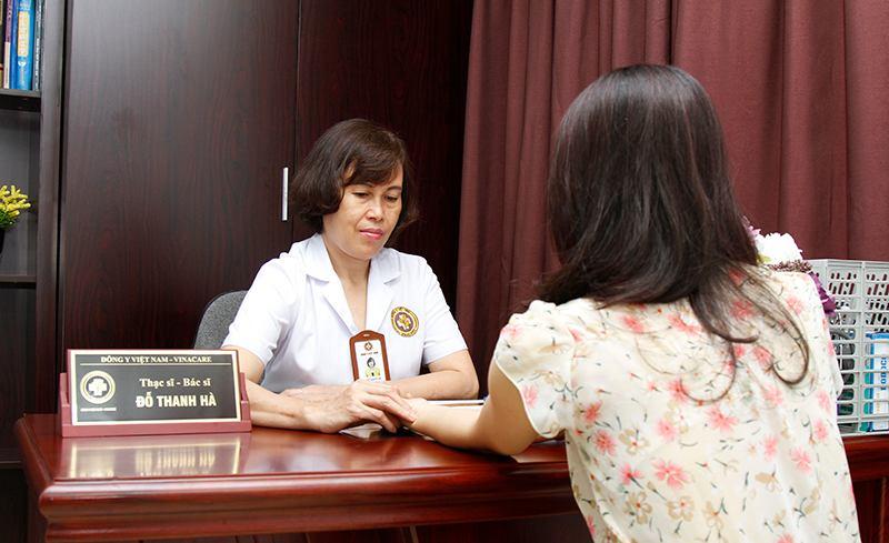 Chị em nên trực tiếp tới thăm khám để được bác sĩ Đỗ Thanh Hà chẩn đoán đúng thể bệnh