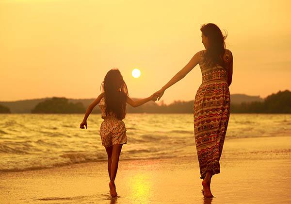 May mắn trong hành trình chữa bệnh luôn có sự đồng hành của mẹ