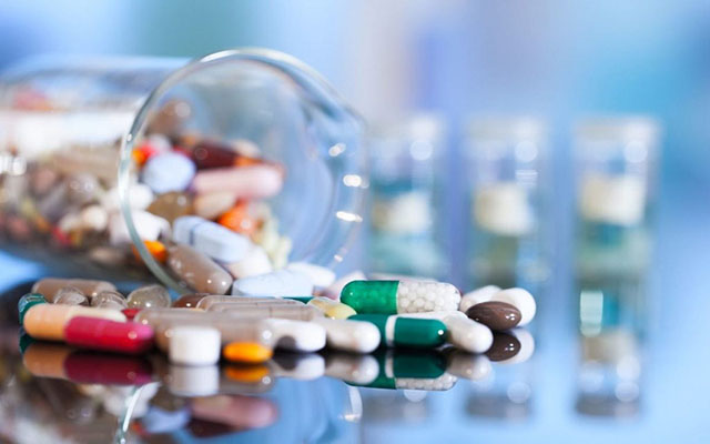 Viêm âm đạo có thể được điều trị bằng thuốc uống hoặc thuốc đặt âm đạo