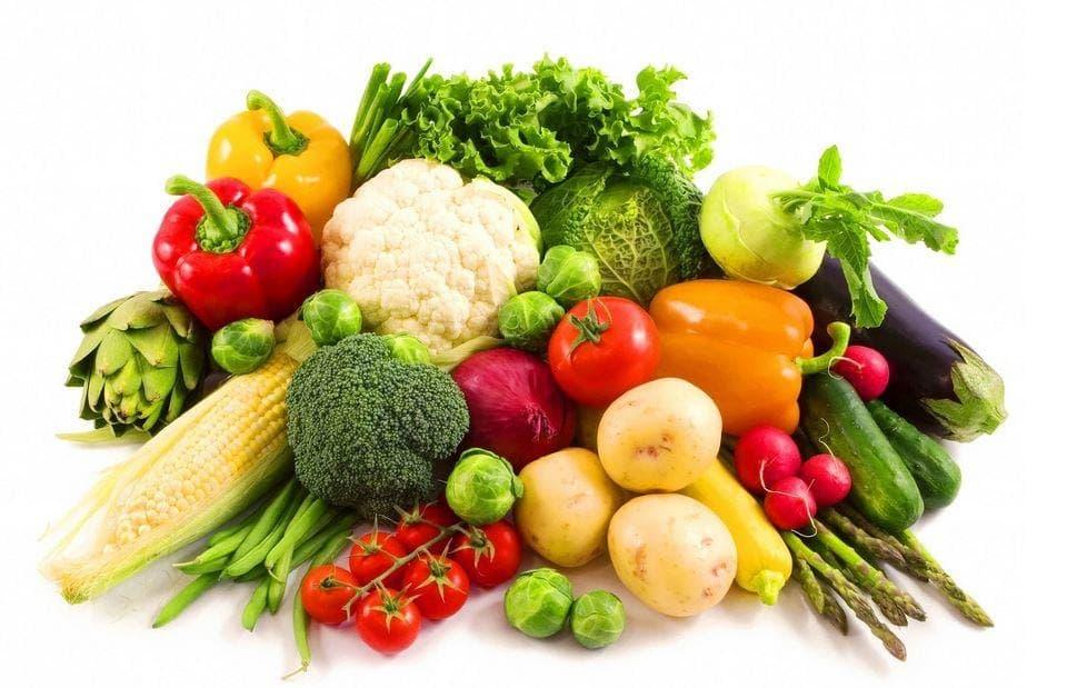 Người bệnh nên ăn nhiều rau củ quả có màu