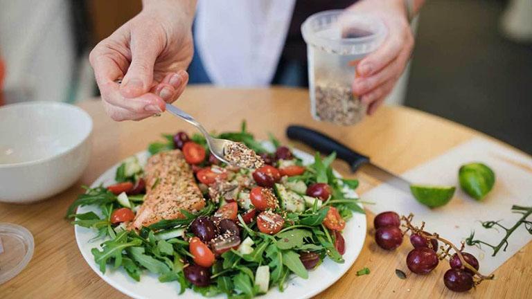 Nên duy trì một chế độ ăn lành mạnh ngay cả khi bạn không có bệnh tật